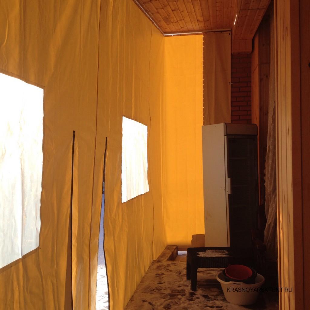 Защитные ПВХ-шторы для укрытия веранды