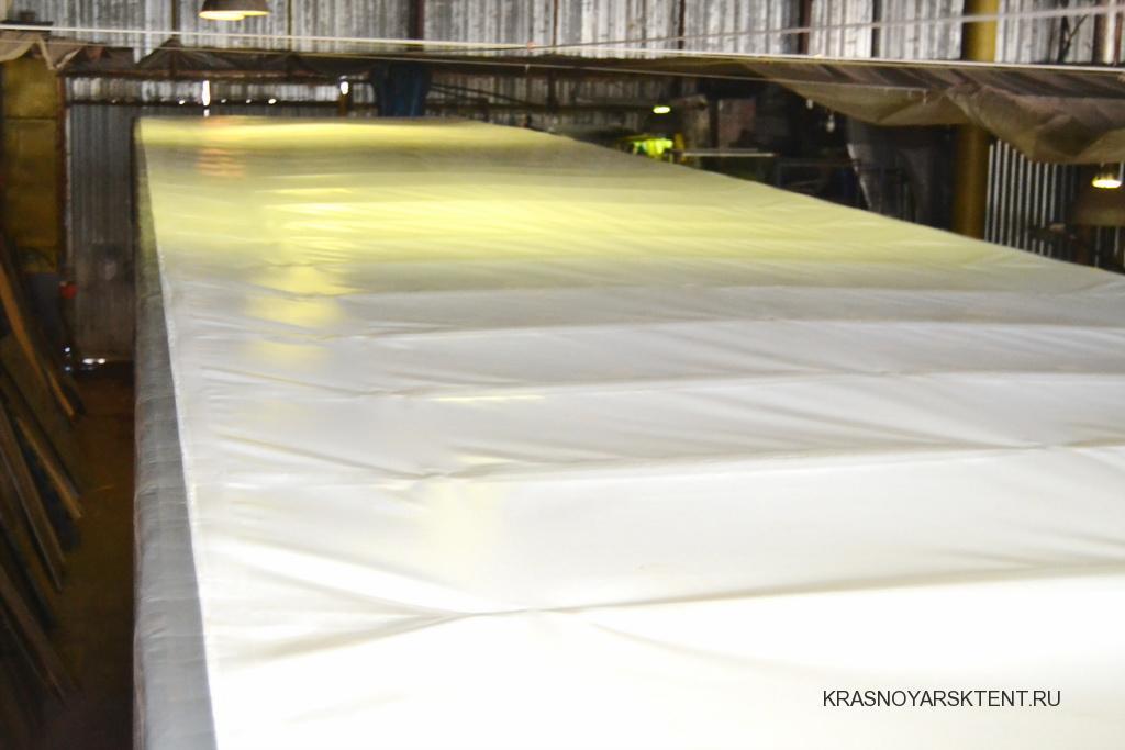 Белая крыша тента полуприцепа Koegel