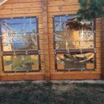 Защитные шторы-ПВХ для беседки из дерева