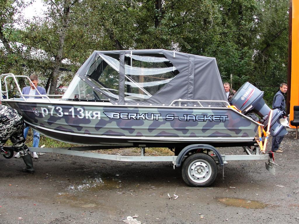 Ходовой тент на лодку Berkut S-jacket