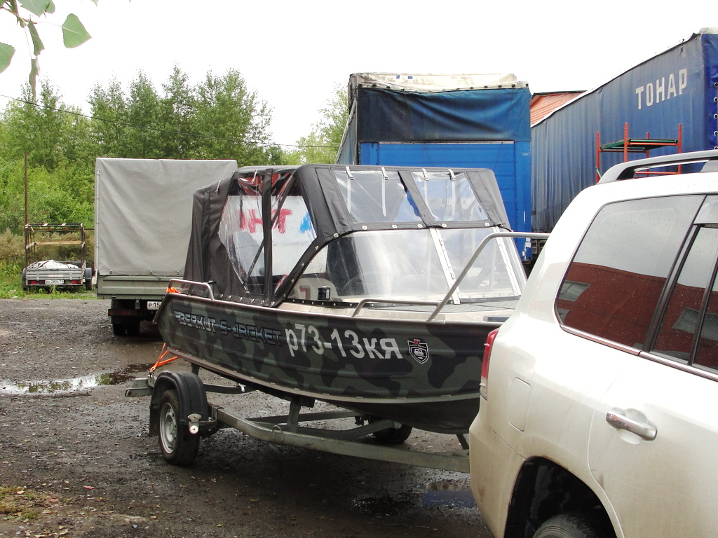 Ходовой тент на лодку Berkut