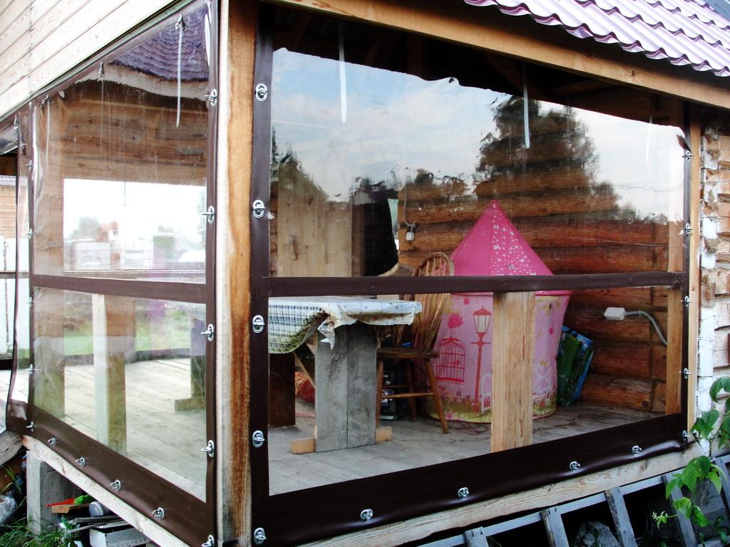 Гибкие окна на веранду