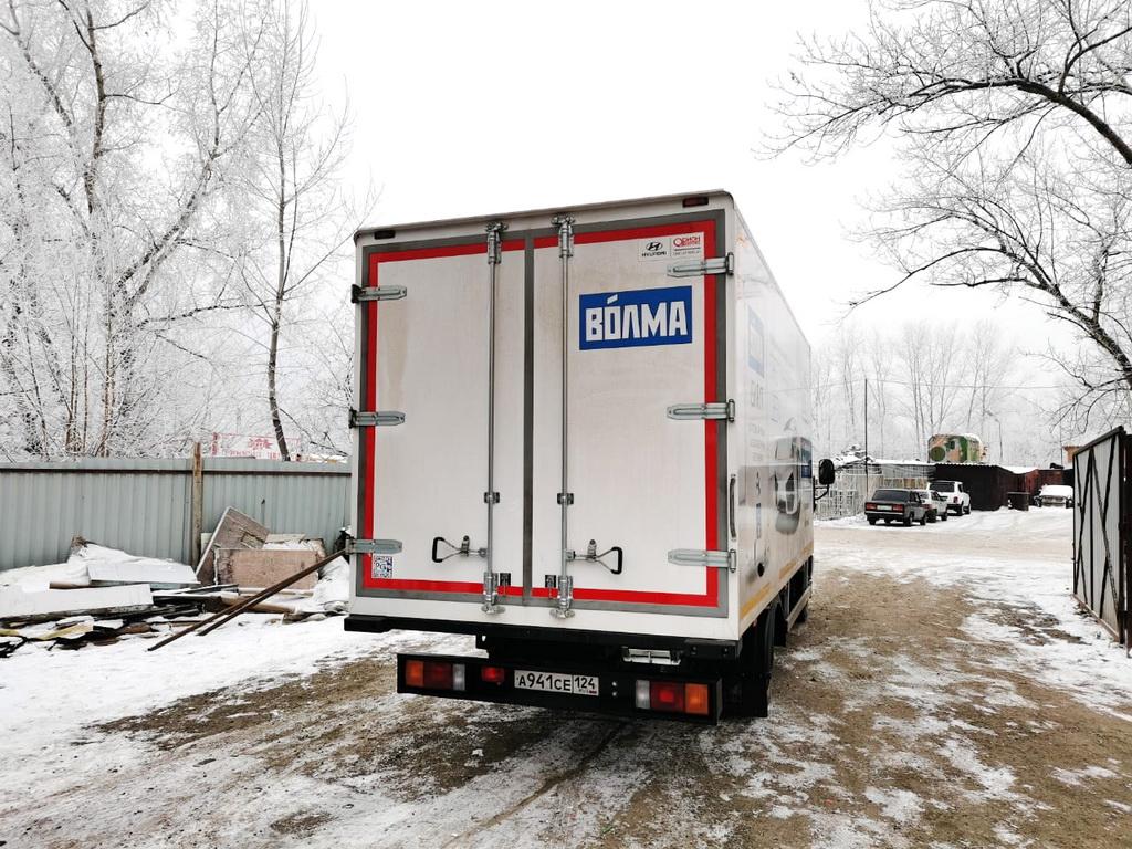 Брендирование ворот будки грузовика Hyundai HD78